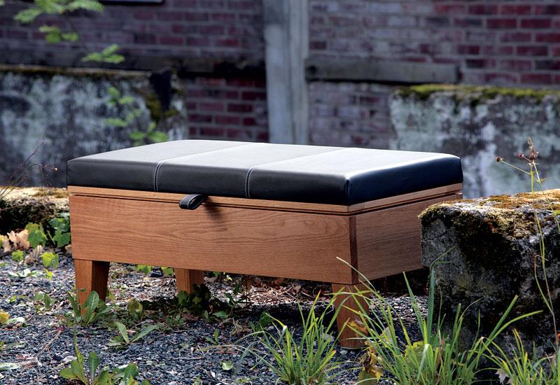 Enok bänk med svart läder Bredaryds Möbler