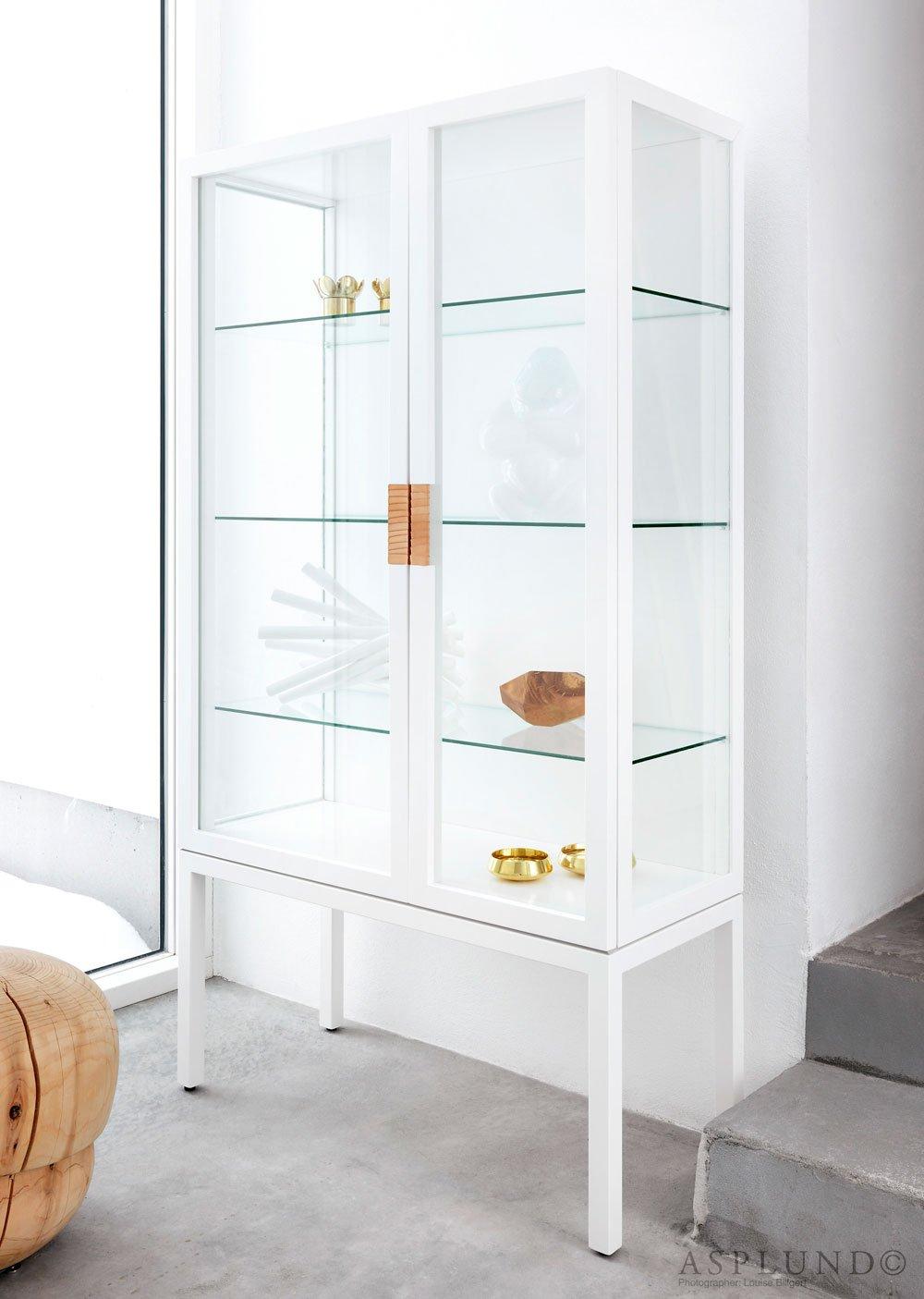 Frame cabinet vitrinskåp vit Bredaryds Möbler