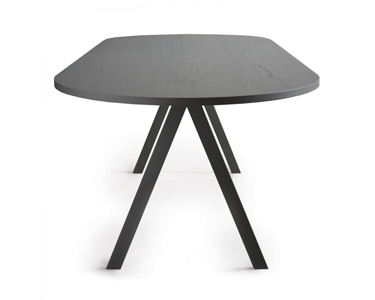 saw rounded table ash.jpg